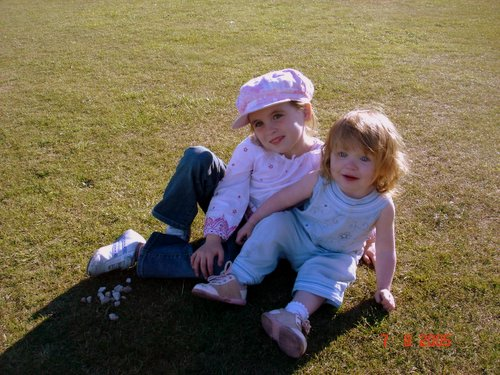 photograph of two children after using picasa, © www.BreastFeedingMums.com